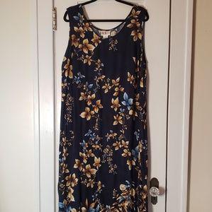 R & K maxi dress size 22